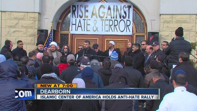 Islamic_Center_of_America_holds_anti_hat_0_28672357_ver1.0_640_480